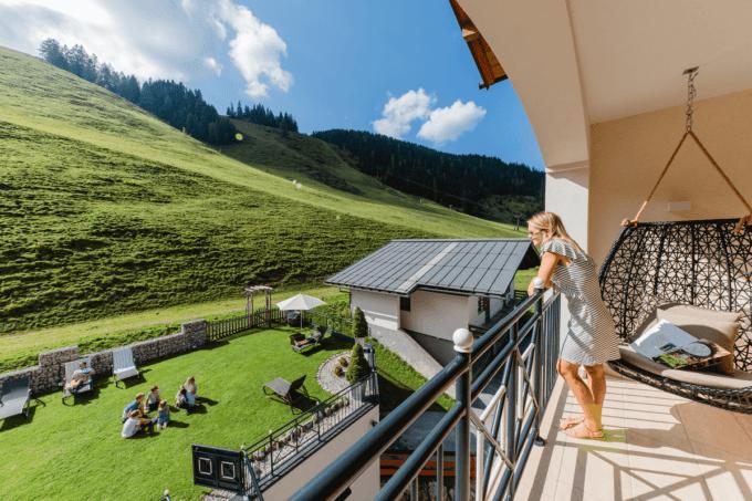 Balkon-hotel-salzburger-hof-zauchensee
