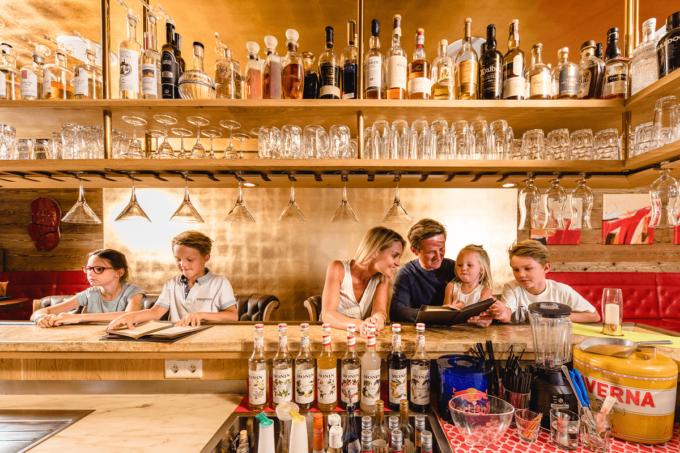Bar im Hotel Salzburger Hof - Familienhotel in Österreich