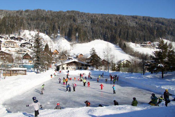 Eislaufen - Winterurlaub in Radstadt, Salzburg