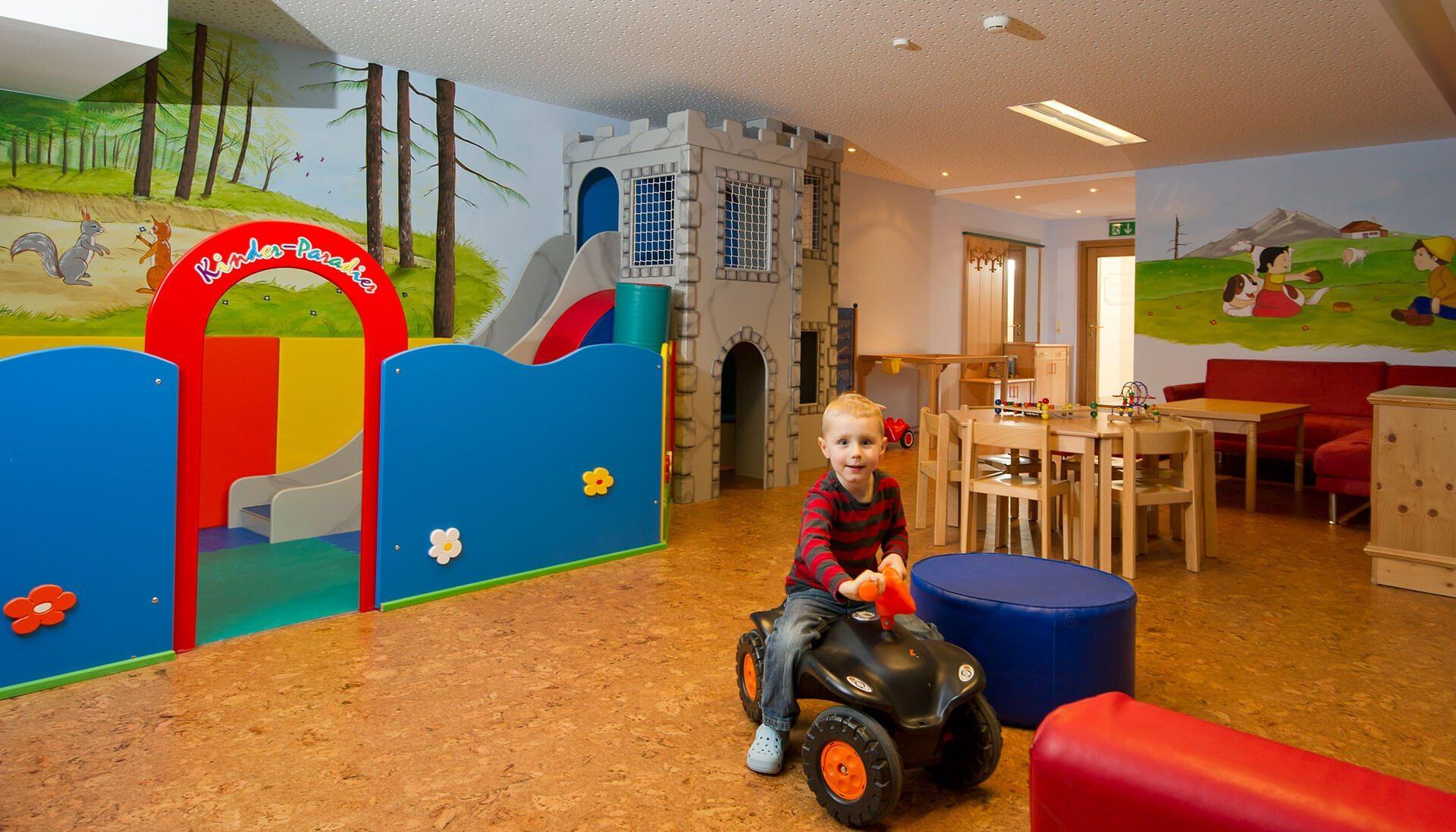Kinderspielraum im Hotel Salzburger Hof - Familienhotel in Österreich