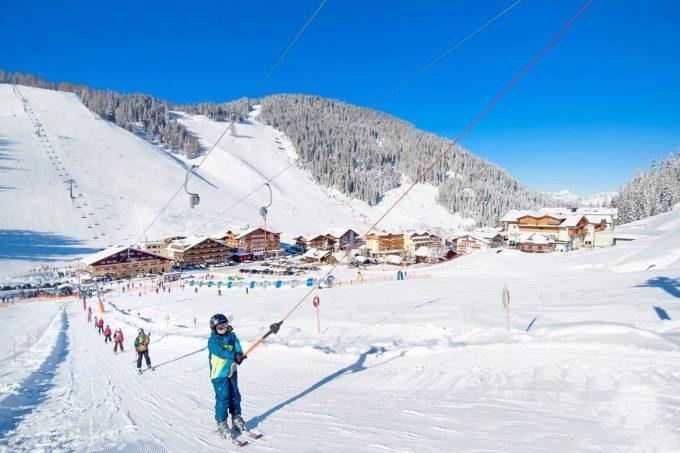 Winterurlaub direkt an der Piste - Familienurlaub - 4 Sterne Superior Hotel Salzburger Hof in Zauchensee